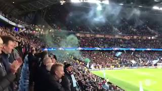 Manchester City - Feyenoord, Opkomst en Vuurpijl vanuit het uitvak!!