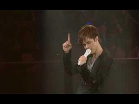 Hins Cheung 張敬軒 '他的故事' MV - YouTube