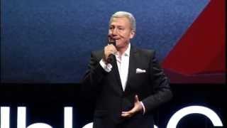 Komedi - Taklit: Ercan Akışık at TEDxIhlasCollegeED