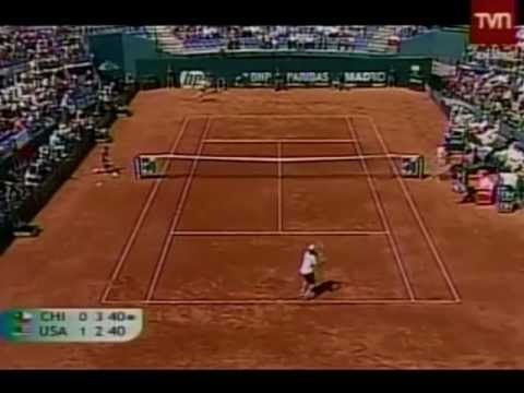 Nicolás Massú (CHI) vs. Andy Roddick (USA) Copa Davis 2011