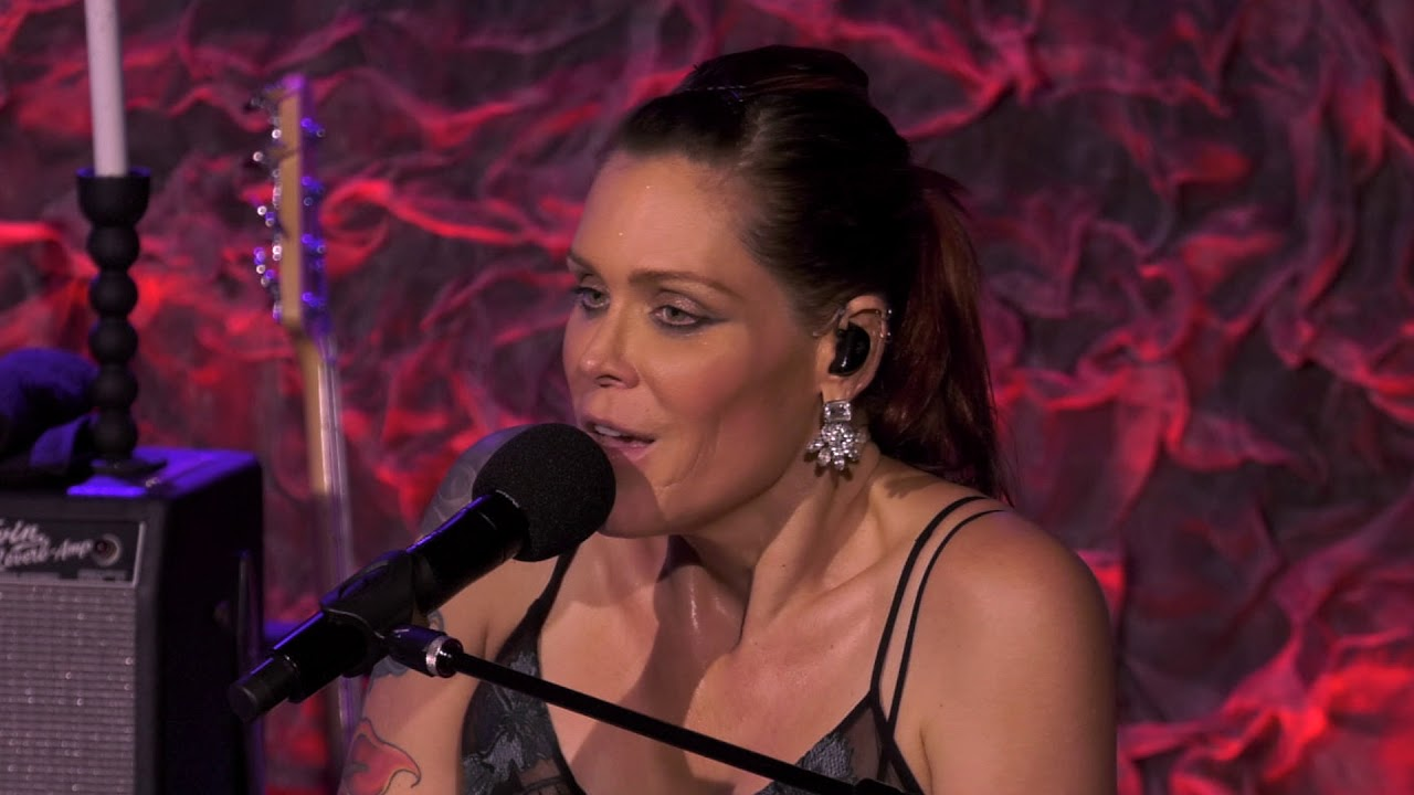 beth hart no place like home front and center live from new york 2018 youtube. Black Bedroom Furniture Sets. Home Design Ideas