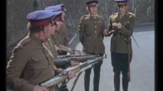 Repeat youtube video Monty Python - Execution in Russia (funny sketch!)