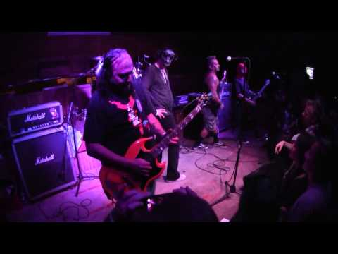 "THE DICKIES - BORDERLINE - THOUSAND OAKS CA - 10/10/2014 - ""VULTURE VIDEO"""