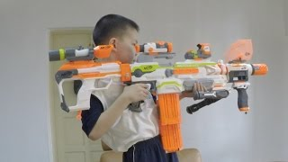 Nerf Vs BoomCo - NERF Modulus Fights For The Final Kit Kat!(Using the multi part monster that is the 2015 NERF Modulus, WZ tries to stop daddy from snacking on the last Kit Kat in the house! Featured blasters in the video., 2015-08-31T03:17:52.000Z)