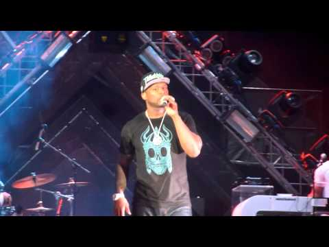 50 Cent - Medley 'This how we do' and 'Hate it or Love it' // Live in Dubai - 16/10/2012
