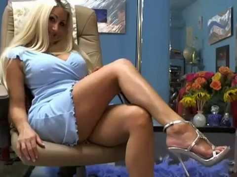 Sie dreht Pornos und arbeitet als Camgirl | WDR Doku from YouTube · Duration:  29 minutes 11 seconds