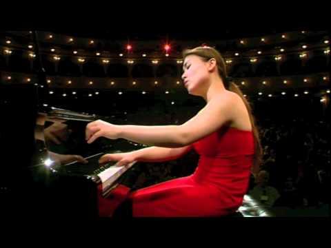 Di Wu plays Schoenberg Drei Klavierstücke, Op. 11