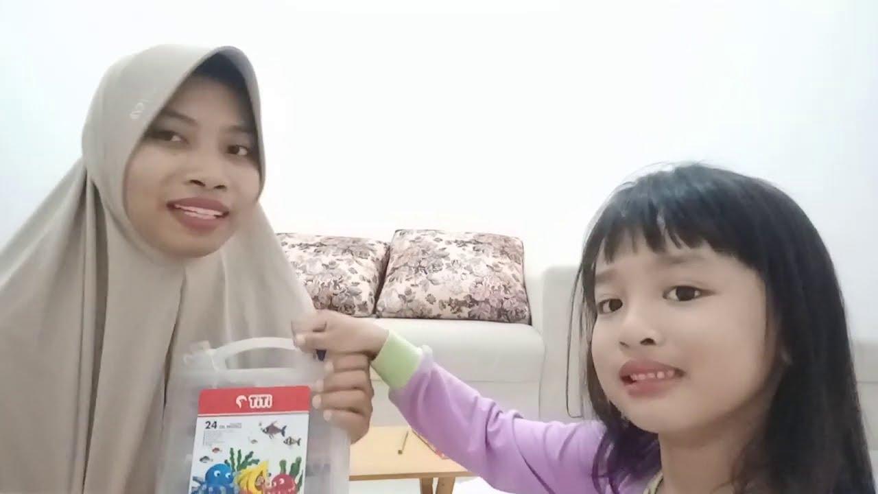 Anak belajar mewarnai - YouTube
