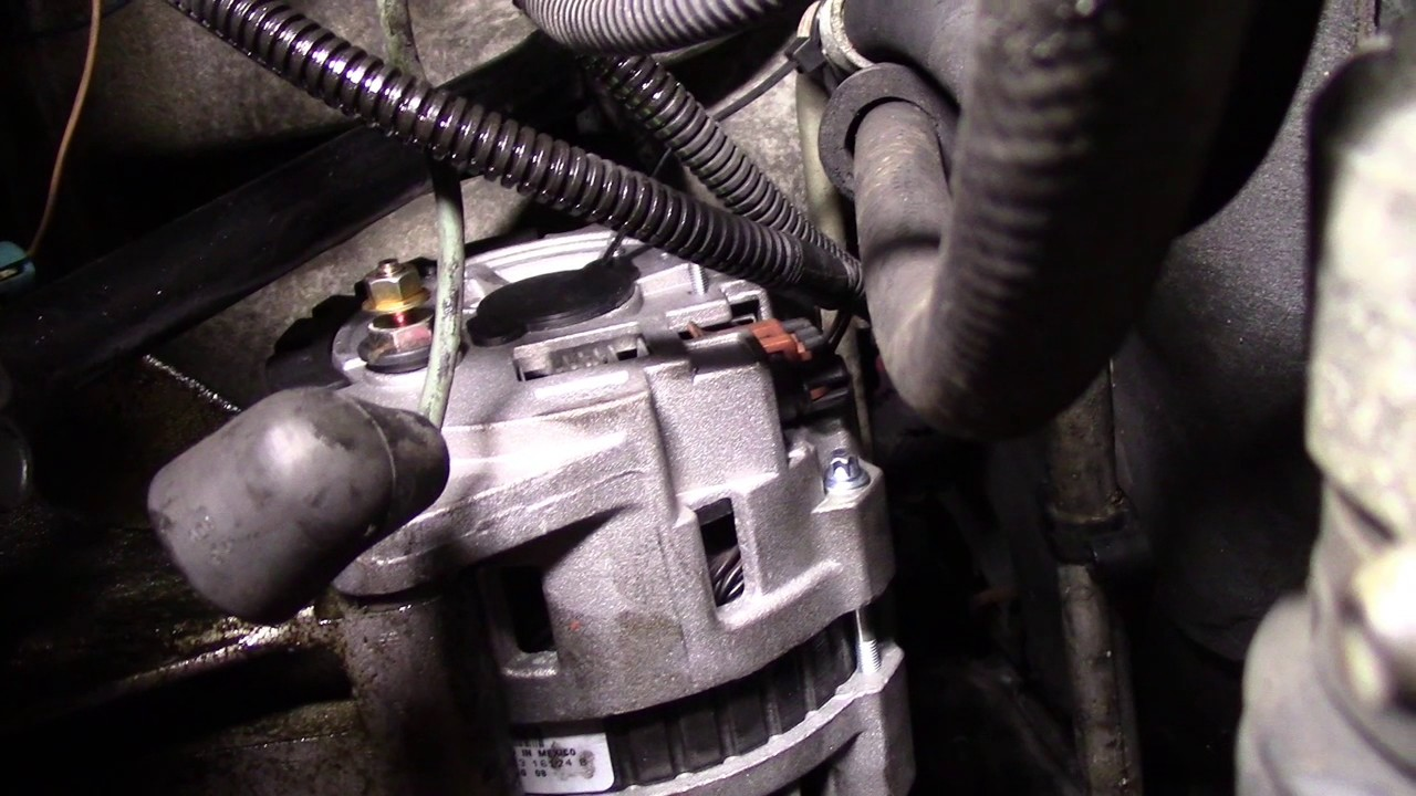 1998 saturn sl2 alternator change [ 1280 x 720 Pixel ]