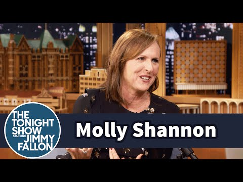 Molly Shannon Invented Bed Seven for Stress Relief - YouTube