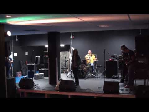 Buckle Up & Friends - Sweet Child O'Mine (generale repetitie)