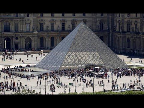 فرنسا: متحف اللوفر يفتح مجددا للزوار لكن بإجراءات وقائية من فيروس كورونا  - نشر قبل 6 ساعة