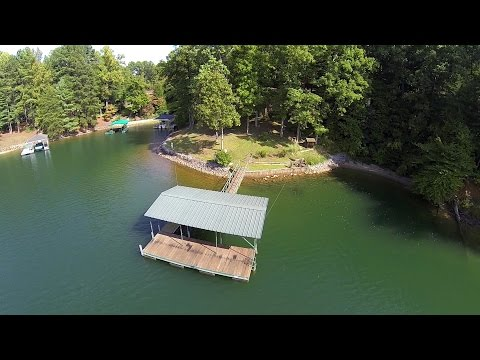$400,000 Lake Keowee Home Deep Water Covered Dock All Brick Close to Clemson