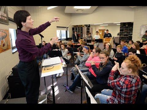 OESJ Music Teacher Ms. Mott a superstar