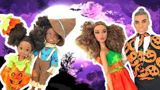 Barbie Kids Costume Runway Show + Halloween Decorating | Naiah and Elli Doll Show