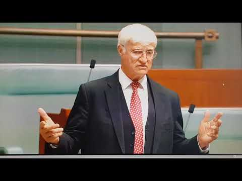 Bob Katter live and drunk in the Australian Parliament