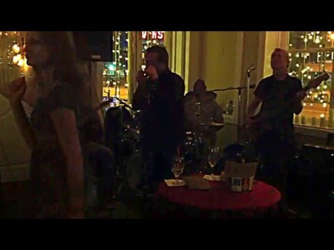 Jimmy Lee sitting in with the Lisa Cee Band at Bliss 525