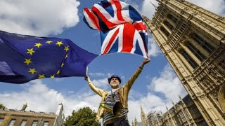 Brexit: UK lawmakers back EU withdrawal bill
