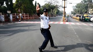 Who's bad? Indian traffic cop grabs motorists' attention with Michael Jackson dance moves