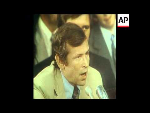 SYND 17-7-73 HOWARD BAKER AND SENATOR SAM ERVIN REQUEST TAPES FROM NIXON