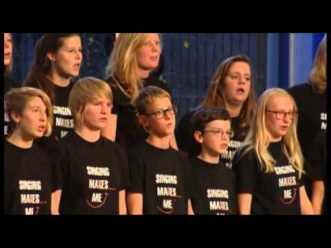 Jeugdkoor Rondinella ~See the world through Children's eyes -  John Carter
