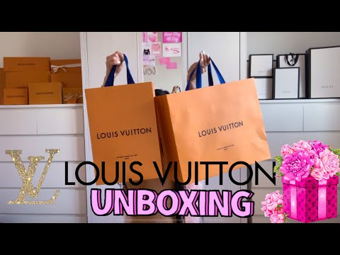Louis Vuitton Spring Street Rose Ballerine Light Pink???? 2020 Unboxing and LV Wallet and more....