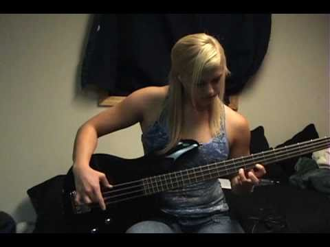 "Red Hot Chili Peppers ""Californication"" Bass Cover"