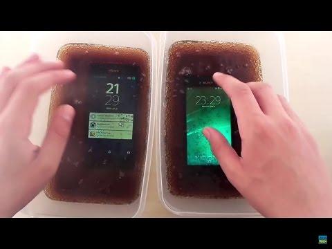 Sony Xperia M4 Aqua vs. Xperia M2 Aqua - Coca Cola test!