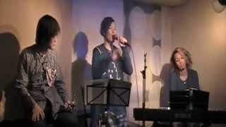 傘-2014.5.11 神戸三宮UP&ALL 横川結貴