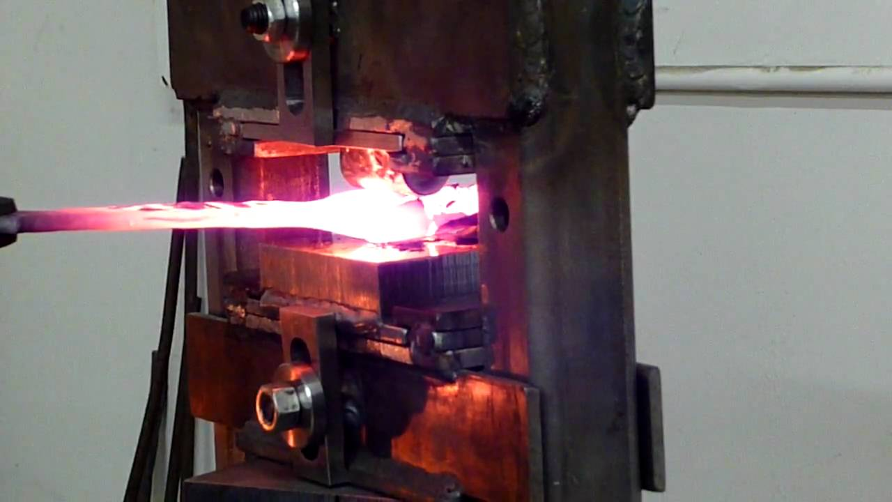 knife shop and forging
