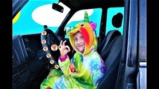 Wheels on the bus  by Tawaki kids\Nursery rhymes &kids song