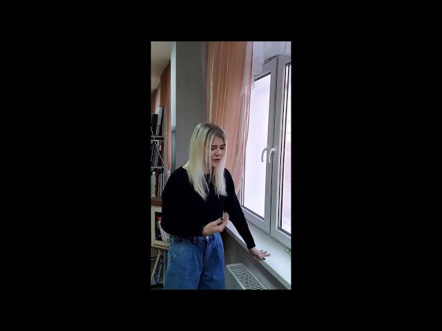 Изображение предпросмотра прочтения – ЛизаВиноградова читает произведение «Грубым дается радость» С.А.Есенина