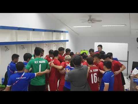 đầu tư giá trị - 0 - Clip xúc động: HLV Park Hang Seo truyền lửa cho cầu thủ Olympic Việt Nam trước trận ra quân ở ASIAD 2018