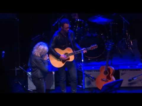 """I Envy The Wind"" - Lucinda Williams & Amos Lee"