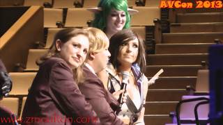 Repeat youtube video Jessica Nigri Talks About Boobies
