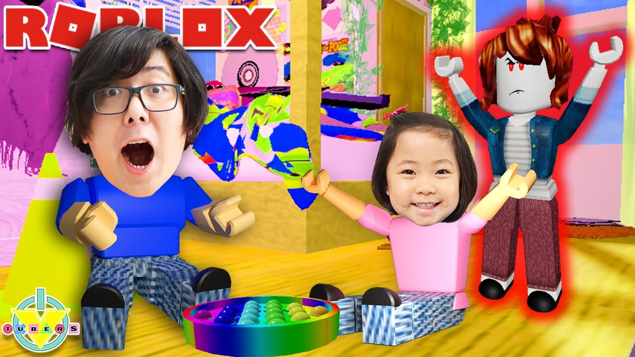 Kate & Daddy Escape The Evil Crazy Babysitter in Roblox!!
