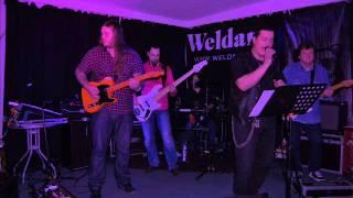 Weldan - Kellot Soi (live Tammela 29.11.13)