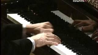 Mikhail Pletnev - Grieg: March of the Dwarfs Op.54 No.3 VIDEO