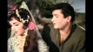 ISS RANG BADALTI DUNIYA MEIN - RAFI SAHAB - RAJKUMAR - 1964