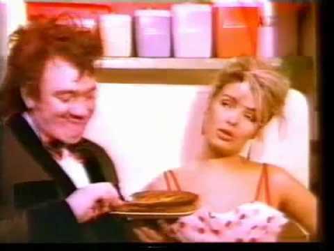 Mel Smith & Kim Wilde - Rockin' Around The Christmas Tree - YouTube