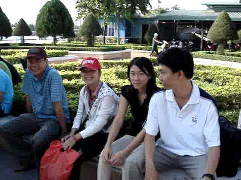 2010-04-MyKhanh-Chuan bi khoi hanh
