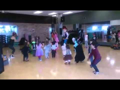 Jack Le Pirate Gold Gym 10-30 Party Halloween Cours De Zumba