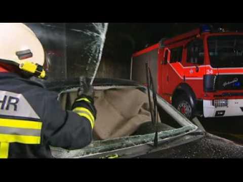 Le Couteau Suisse RescueTool de Victorinox en action