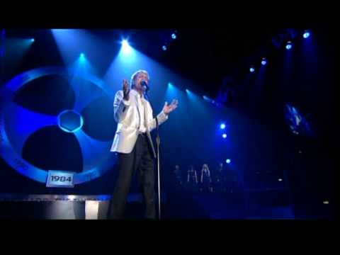 Cliff Richard Live Daddy's Home + Ocean Deep