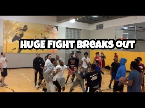 HUGE FIGHT BREAKS OUT AT THE GYM (DAY 14) Back On The Grind