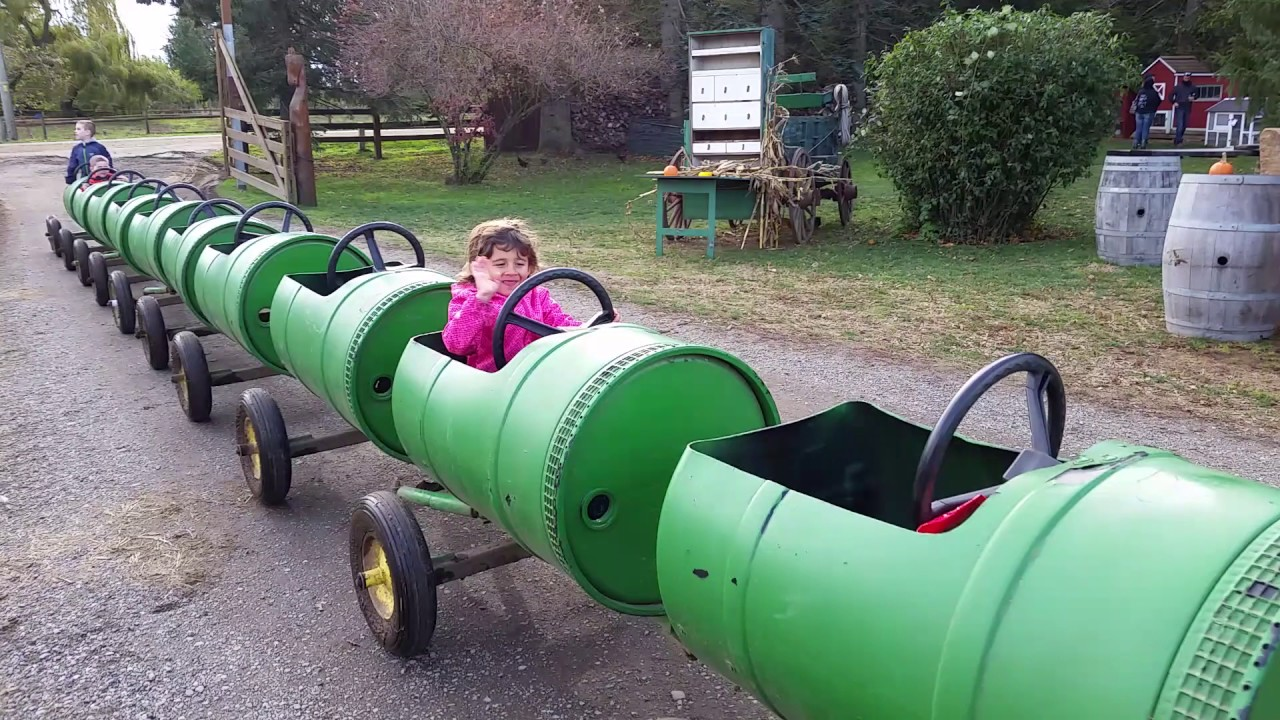 Tractor Train Rides : Kids at the tractor trailer train ride youtube