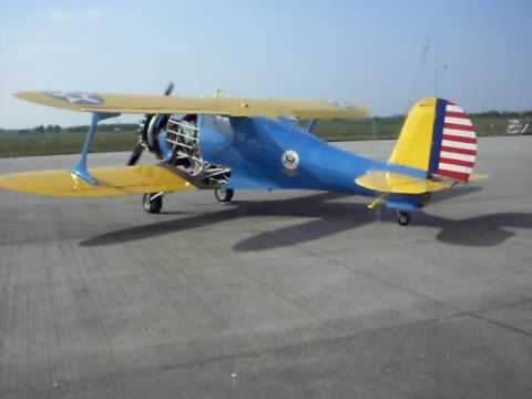 beechcraft d17s (staggerwing) startup