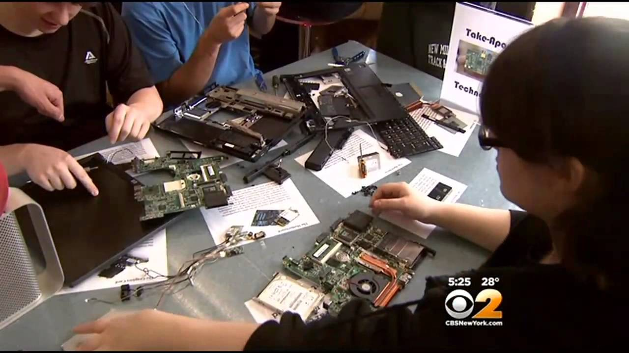 New Jersey High School Getting Creative With Makerspace