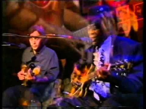 John Lee Hooker & Ry Cooder-Crawling King Snake.avi