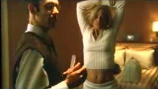 Belly Button Capture!: Jennifer Garner From 'Alias'